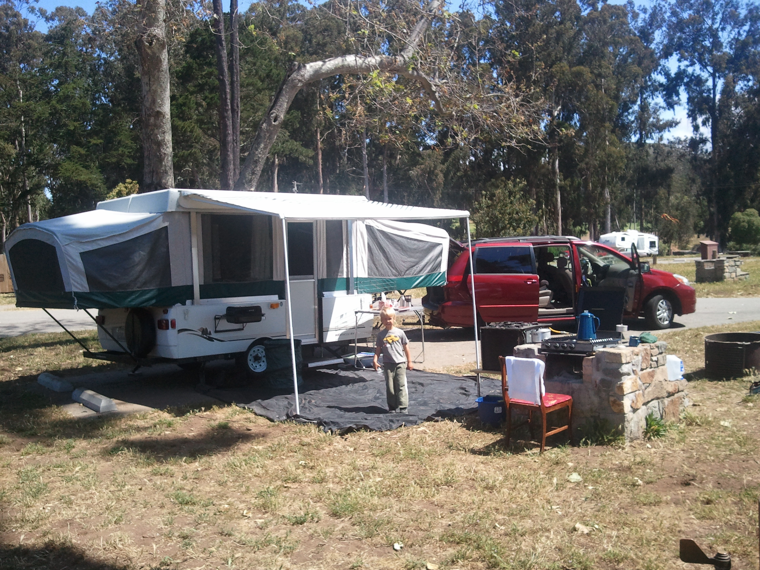 New Tent Trailer & Broken Bones and Tent Trailers « El Rey de lo-fi